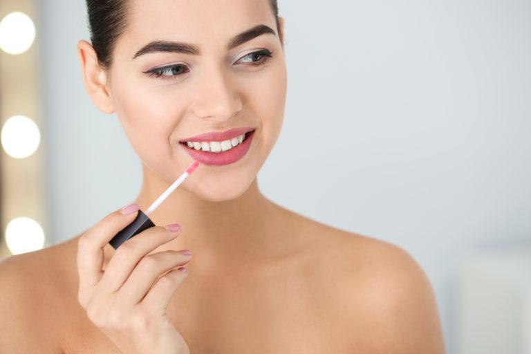 11 Best Matte Lipsticks: Liquid, Long-Lasting