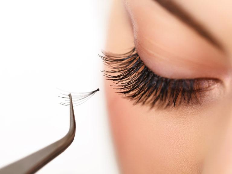 8 Best Eyelash Extensions: Mink, Natural